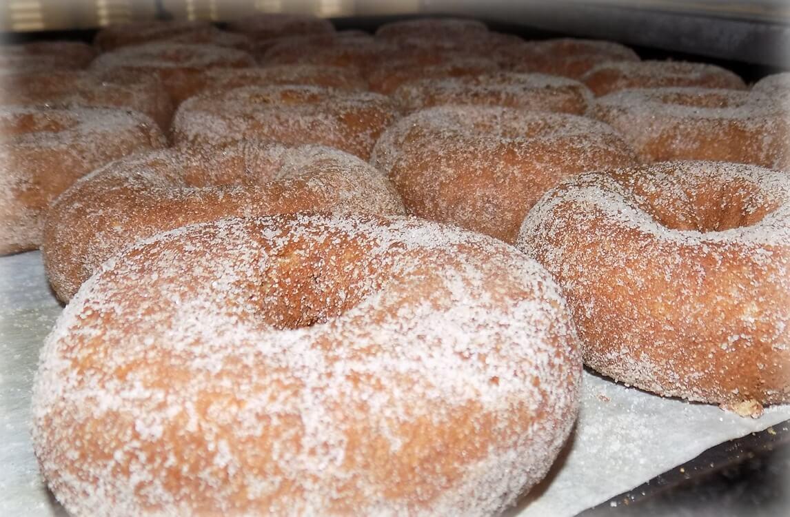 A photo of many donut bread.